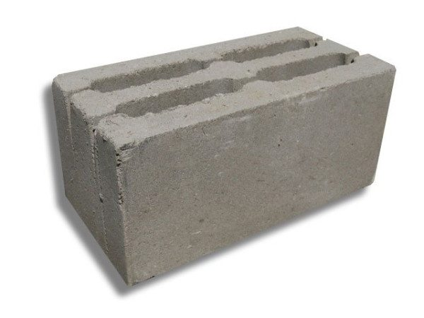 Блок со щелевидными пустотами пригоден для цоколя.