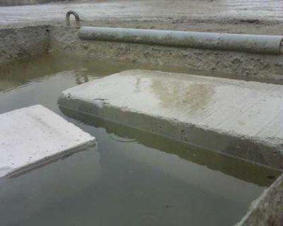 Блоки не тонут в воде в течение нескольких суток, что говорит об их малом весе