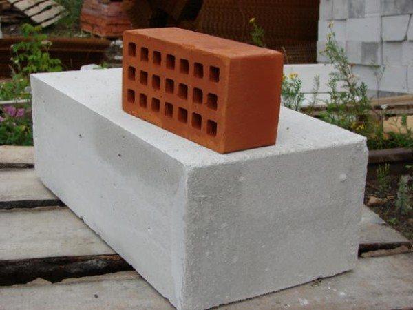 Большие размеры гарантируют сжатые сроки строительства