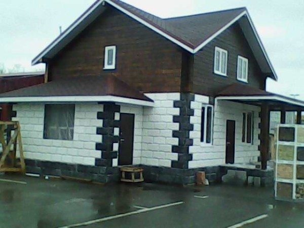 Добротный дом из керамзитобетонных блоков