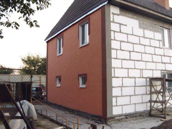 Дом из пеноблоков с внешней отделкой