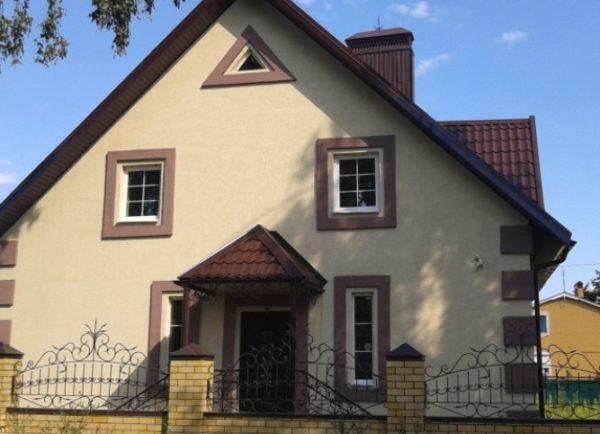 Дом, отделанный по технологии мокрый фасад