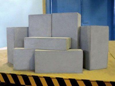 Элементы различных размеров для перегородок и внешних стен.