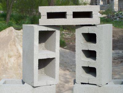 Фото пустотелых блоков и полублока