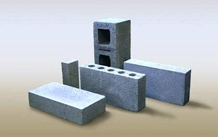 На фото – типоразмеры блоков из пенобетона.