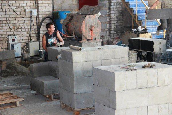 Пеноблоки – очень популярный стройматериал.
