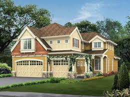 Проект дома 8х9 из пеноблоков, хотя по декоративному фасаду этого не скажешь