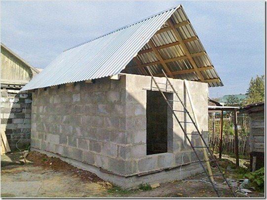 Строительство бани из шлакоблока.