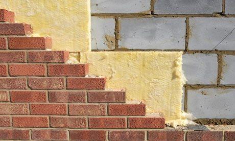 Утепление стен из пеноблоков с использованием минеральной ваты и облицовочной кладки актуально только в местности с очень холодным климатом