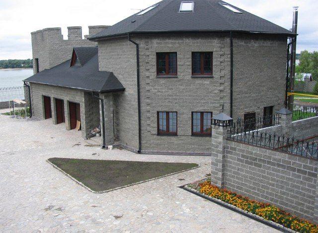 Здание из высококачественного шлакоблока