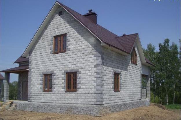 Дом из пеноблоков: