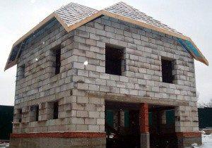 Типовой дом из пеноблоков