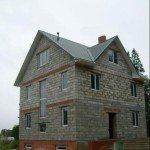 Трехэтажный коттедж из пеноблоков